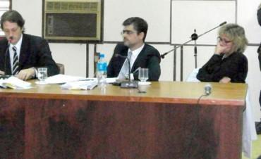 PIDEN PRISION PARA MEDICA EN CONCEPCION DEL URUGUAY.