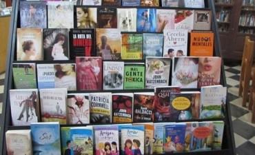 LA BIBLIOTECA MITRE PARTICIPO DE LA FERIA DEL LIBRO-