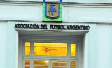 APARECIO OTRA EMPRESA EN QUERER TRANSMITIR FUTBOL.