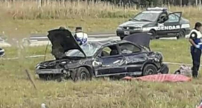ACCIDENTE AUTOVIA UNA PERSONA FALLECIDA-