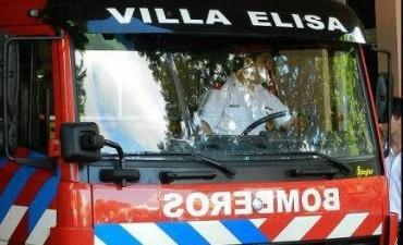 INCENDIO EN VILLA ELISA.