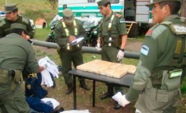 DROGA INCAUTADA EN PROCEDIMIENTO DE GENDARMERIA.