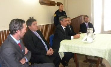 REUNION POLICIA Y FIZCALES.