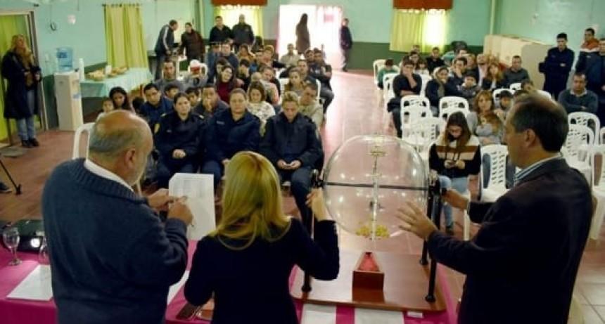 COLON  VIVIENDAS PARA POLICÍAS