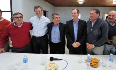 URIBARRI CONFIRMO LISTAS EN VARIOS DEPARTAMENTOS.