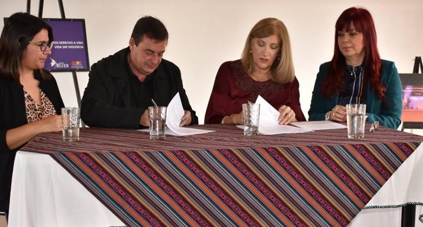 Colón: Convenio para asistir a mujeres víctimas de trata