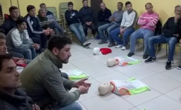 CURSO DE RCP EN BOMBEROS.