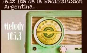 DIA DE LA RADIODIFUSION.