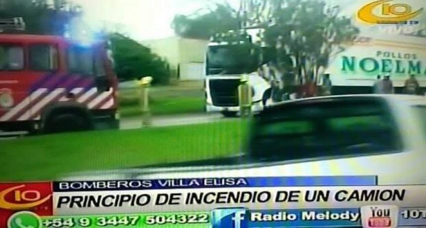 VILLA ELISA PRINCIPIO INCENDIO EN UN CAMIÓN.