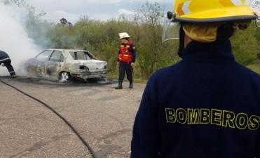 INCENDIO DE AUTO PERDIDAS TOTALES.