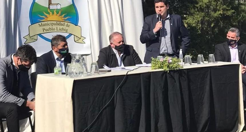 SAN JOSÉ BASTIÁN Y CRESTO ANUNCIARON LA OBRA DE DESAGÜE PLUVIAL EN CALLE MAIPÚ.