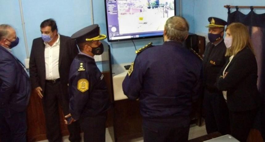 La ministra Romero visitó los centros de monitoreo del departamento Colón