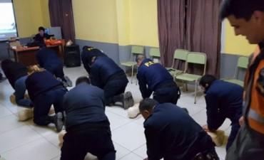 CAPACITACION POLICIA SAN JOSE EN RCP.