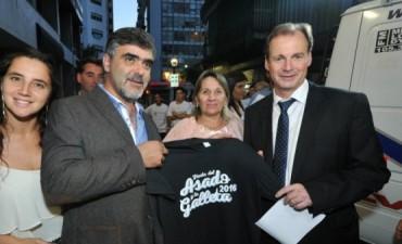 CASA DE ENTRE RIOS LANZAMIENTO TEMPORADA DE VERANO.
