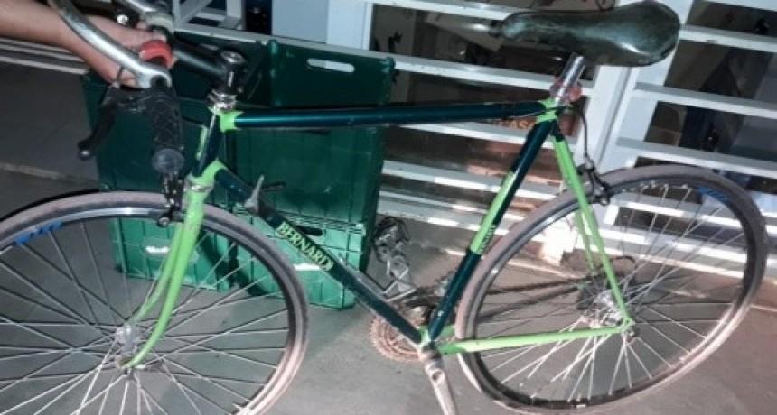 Recuperaron una bicicleta en Colón-
