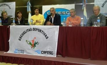 ESCUELITAS DEPORTIVAS CERRO EL AÑO.