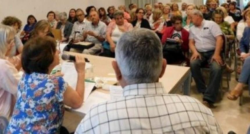 """La Federación de Jubilados y Pensionados de Entre Ríos se declararon en estado de alerta y movilización ante """"cualquier indicio de posibles reformas."""