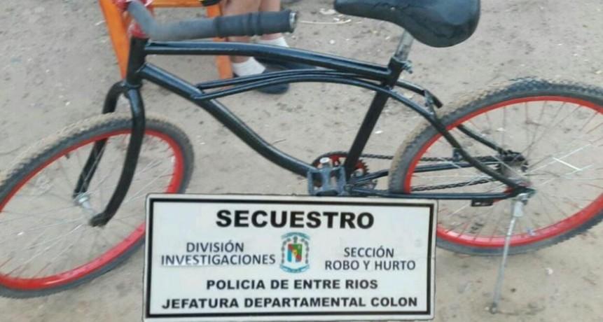 POLICÍA SECUESTRÓ UNA BICICLETA.